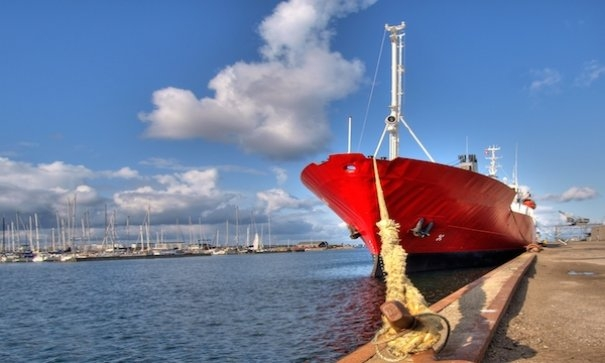 Industry Insight: Sink or sail? Fuel-Efficiency Solutions in an Era of Cheap Oil