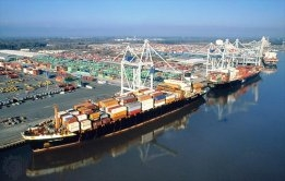 More Ships Heading to U.S. East Coast Ports at the Expense of the West