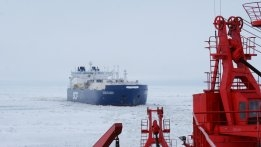 Sovcomflot Sees Northern Sea Route Open Two Months Early