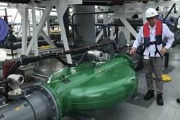 Singapore: Maersk Oil Trading Installs World's Largest Bunkering Mass Flow Meter