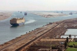 Low Bunker Prices Mean Avoiding Panama and Suez Canals Could Save Liners Money, Say Analysts
