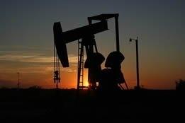 Crude Soft as Market Dismisses Threat of US Storms, Middle East Sabre-Rattling