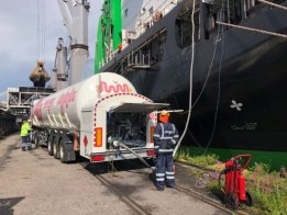 Truck-to-Ship LNG Bunkering Expands in Helsinki