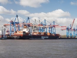 Hapag-Lloyd to Take on Ten Scrubber-Fitted Boxships: Alphaliner