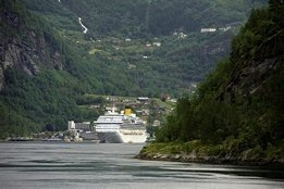 Norway Delays New Scrubber Ban, Sulfur Cap