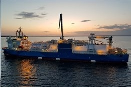 Rostock Awards First STS LNG Bunkering License