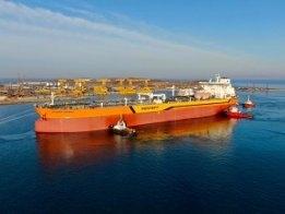 New Rosneft LNG-Fuelled Tanker Commences Sea Trials