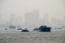 China Brings Forward Fuel Rule for Yangstze Delta