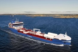 Swedish Tanker Owner Orders Two LNG-Fuelled Ships