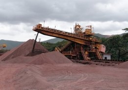 Mining Giant BHP in Negotiations Over LNG Bunker Supply