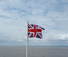 UK to Include Shipping in 78% Carbon Cut Plan