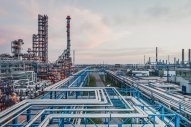 Gazprom Neft Boosts VLSFO Production at Omsk Refinery