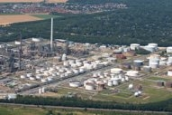 Shell Eyes Desulphurization Upgrades at German Refinery to Make 2020 Bunker Fuels