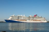 Carnival Takes Delivery First LNG-Powered Cruise Ship for North America