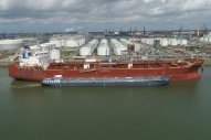 Waterfront Shipping Carries Out Methanol Bunkering Demonstration at Rotterdam